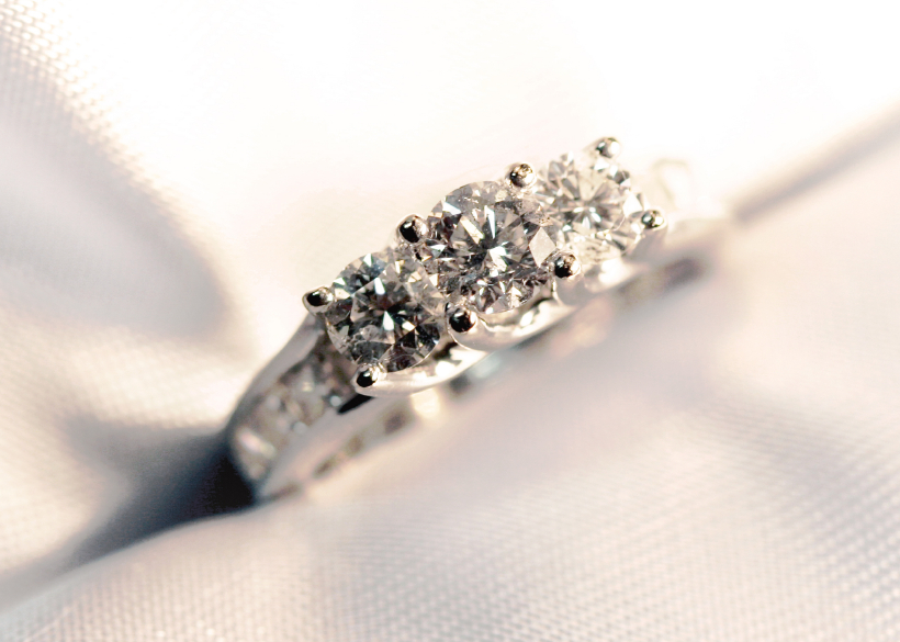 3 diamond vintage engagement ring