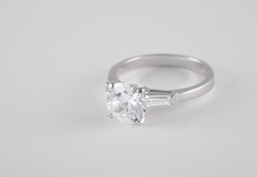 white gold engagement diamond